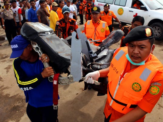 EPA INDONESIA AIRASIA PLANE CRASH DIS TRANSPORT ACCIDENT IDN