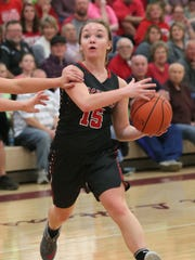 Buckeye Central's Taylor Ratliff moves the ball down