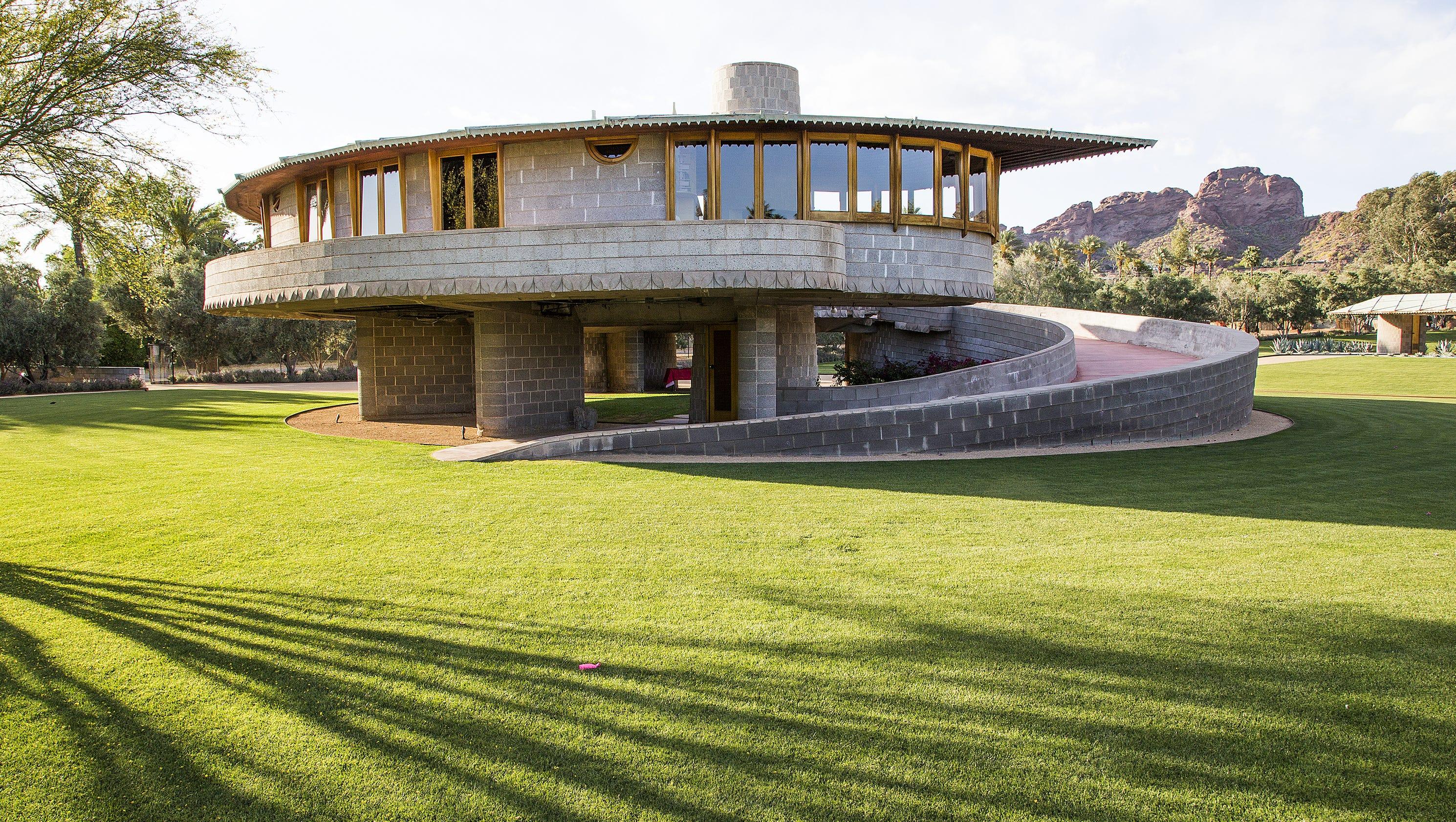 Asu won 39 t take over frank lloyd wright house in arcadia for Frank lloyd wright modular homes