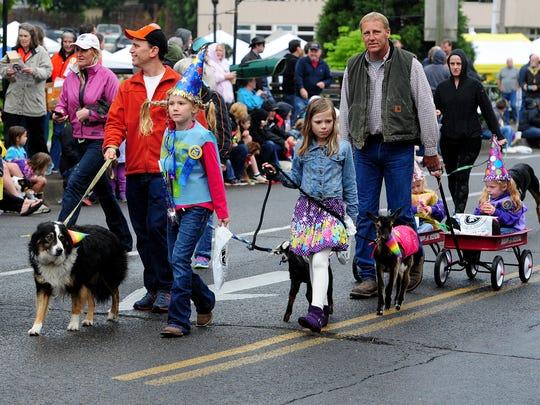 Silverton Pet Parade, May 21