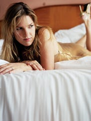 Diana Krall's publicity photos offer a throwback kind
