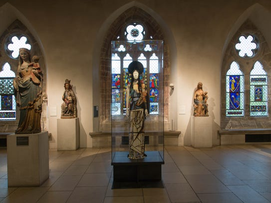 A look at the early Gothic gallery.