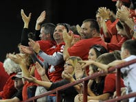 """Kudos to """"class acts"""" Coyote fans: Your Letters to the Editor for September 27"""