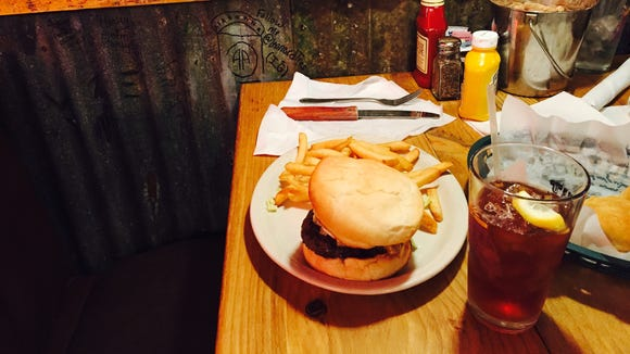 The Wagon Master in Leesville, La., served up a pretty tasty burger.