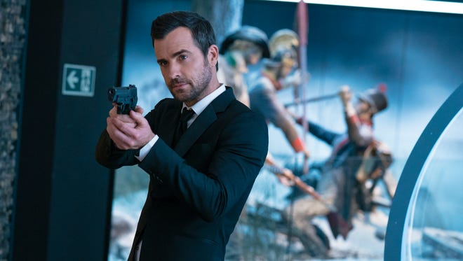 """Drew (Justin Theroux) is the spy who did the dumping in """"The Spy Who Dumped Me."""""""