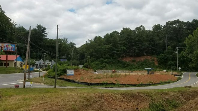 Work is beginning on the Sisters of Mercy Urgent Care East which is set to open in the fall of 2016.
