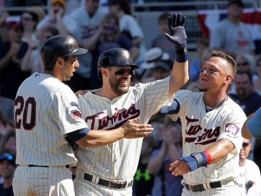 Yankees Twins Baseball (2)