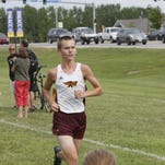 Sindt, Cox race to victories at Centennial Invite