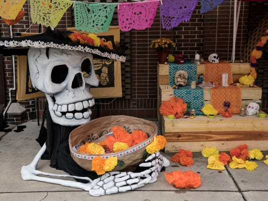 636134428773853479-1030-dayofthedead-TG-0023.JPG