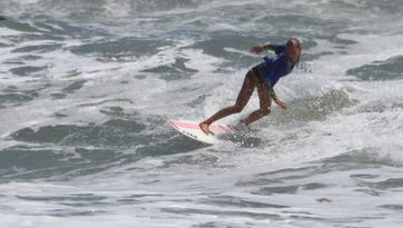 Coral Schuster, U-14 winner who scored highest heat individual wave among the women in the event.