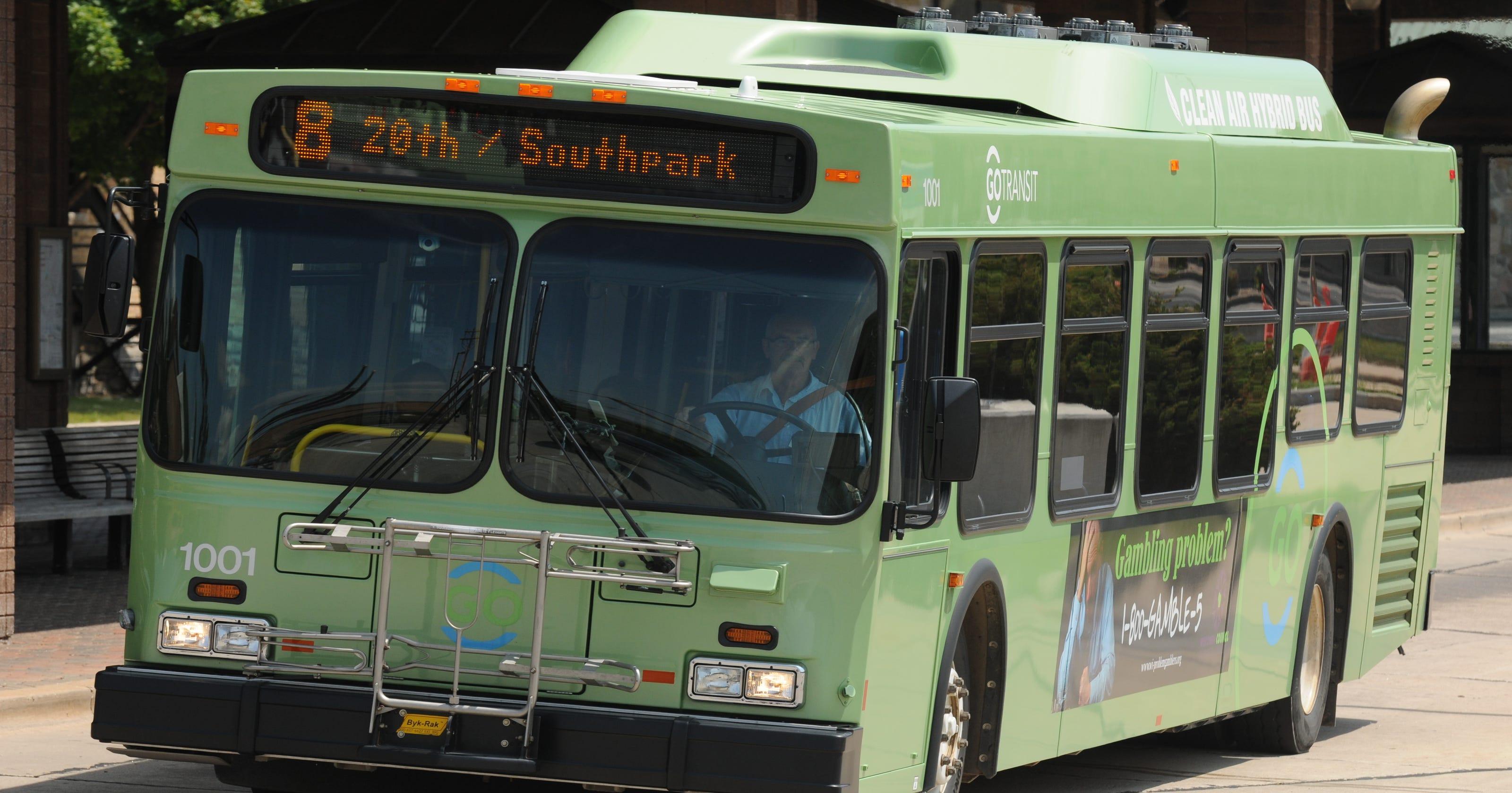 Oshkosh considers city bus fare increase, Route 9 transit revamp