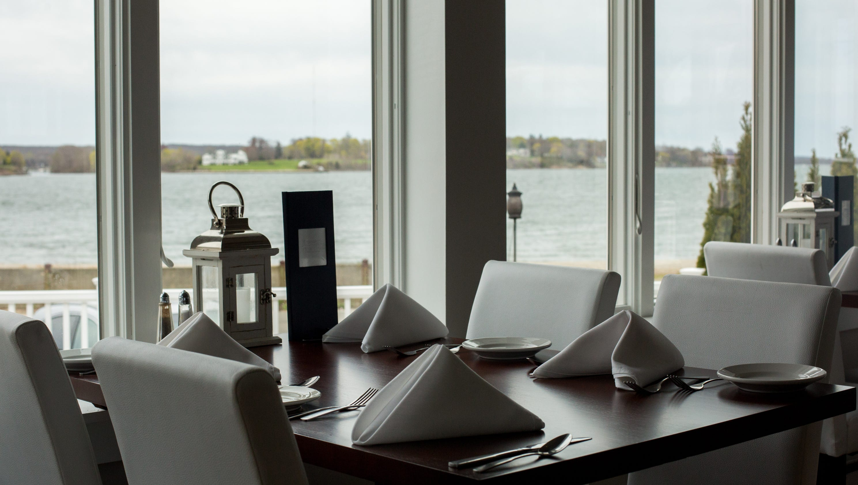 Opentable rates 100 most scenic restaurants in america for 0pen table
