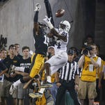 Former Hawkeyes cornerback Josh Jackson signs with Green Bay Packers