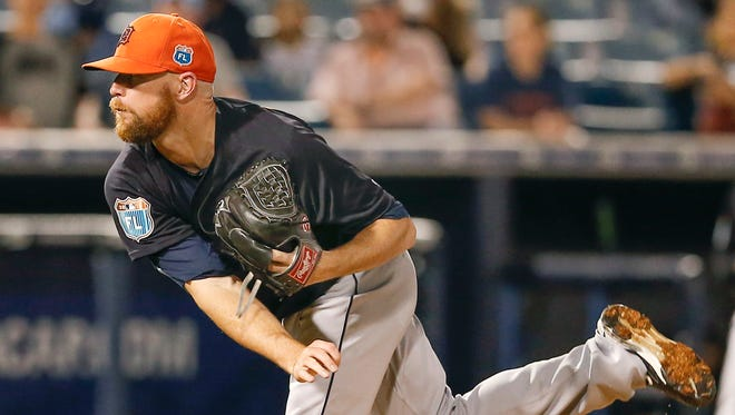 Detroit Tigers pitcher Logan Kensing throws during the seventh inning against the New York Yankees on March 28, 2016, at George M. Steinbrenner Field.
