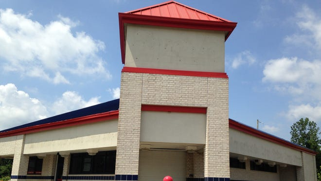 Zaxby's will occupy this former Super D Drug Store at 1543 S. Highland Ave.