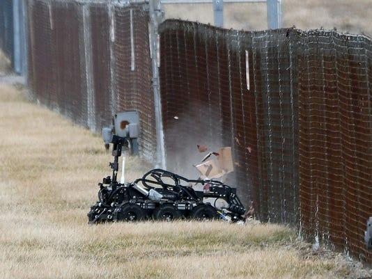 Robot-detonates-01.jpg