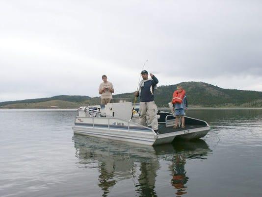 636361735579424489-Boat-fishing.jpg
