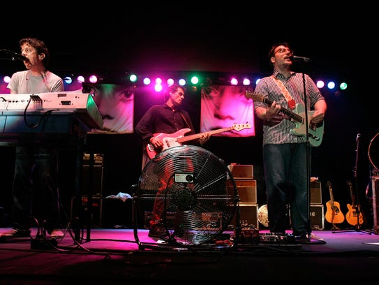 They Might Be Giants, in this 2011 photo at the Williamsburg