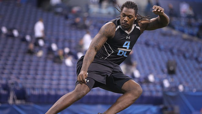 South Carolina defensive lineman Jadeveon Clowney runs the shuttle run Monday, February 24, 2014, morning during the NFL Scouting Combine at Lucas Oil Stadium.