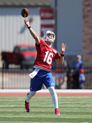 Matt Cassel steps into a deep pass during training camp.