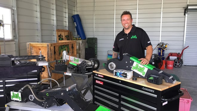 """Sean Irvin (pictured) and Don Price, two Harris Corp. engineers, and their creation, a bot named Ultimo Destructo, were back in Southern California for """"BattleBots,"""" a reality show competition that kicks off at 8 p.m. Friday on The Discovery Channel."""