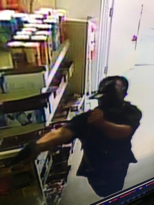 636103208832382705-armed-robbery-2.jpg