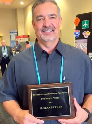 Sean Parker, manager of the Sierra Blanca Regional Airport, received the President's Award from the New Mexico Association of Airport Managers.