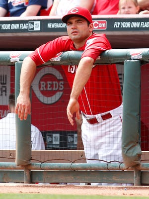 Joey Votto responds to Mat Latos' criticism of Reds' clubhouse.