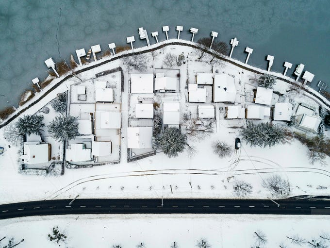 This is  frozen Lake Pecs, in Orfu, southwest of Budapest,
