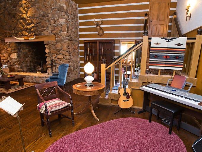 Lorne Greene S Bonanza House In Mesa Gets Historic Designation