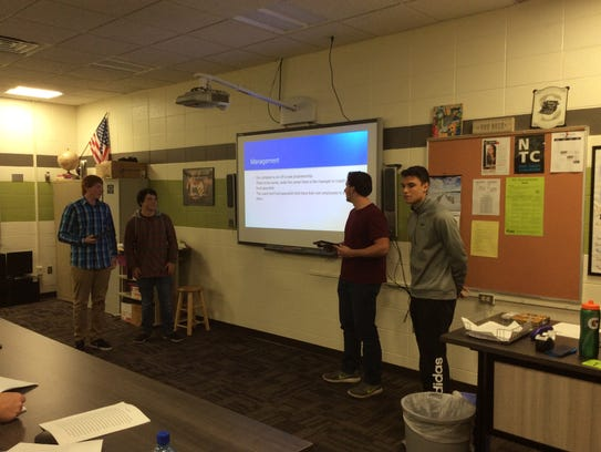 D.C. Everest business management students present proposals