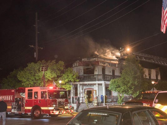 slh SL hotel fire 1 - hill