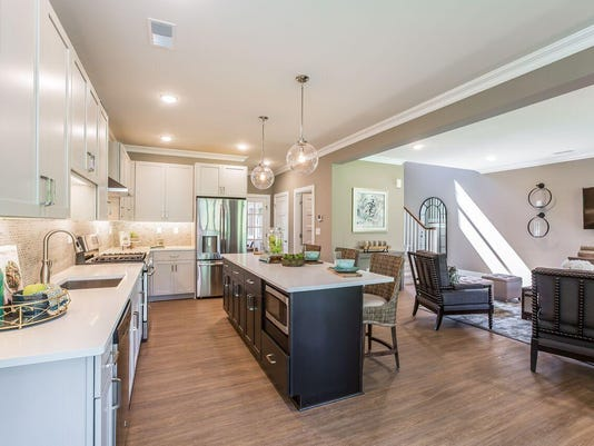 Mariner s Pointe Interior with Kitchen.jpg