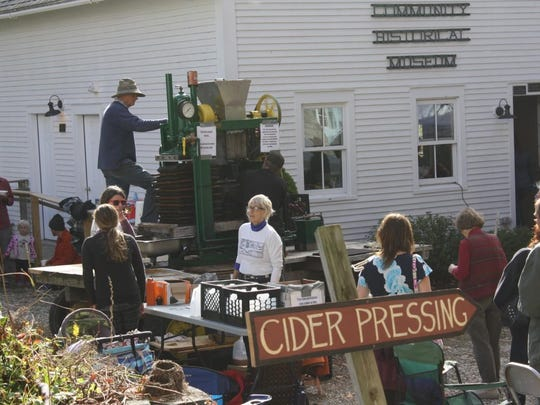 Watch fresh cider being made on a century old press and then enjoy a cup of that cider with home-baked apple pie or crisp topped with ice cream or Crowley Cheese at Cider Days on the Belmont Green in Mount Holly.