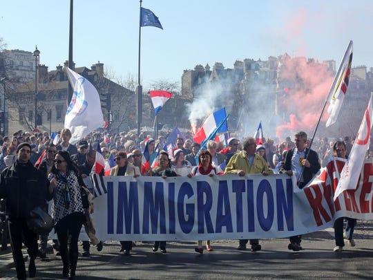 -France_Immigration_Protest_DLM105.jpg_20140309.jpg