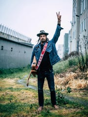michael_franti_and_spearhead