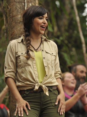 Hannah Simone in Fox's 'Kicking and Screaming.'