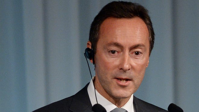 Airbus CEO Fabrice Bregier answers a question Oct. 21 during a lecture in Tokyo.