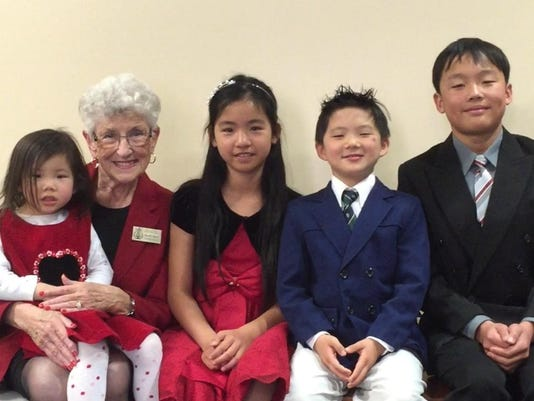 TDS NBR Ruth Moir with kids 2 0320.jpg