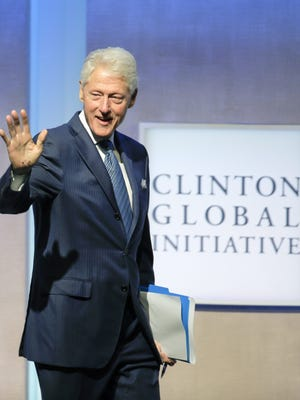 04953077.jpg epa04953077 Former US president Bill Clinton arrives for the opening session of the Clinton Global Initiative in New York, USA, 27 September 2015.  EPA/RAY STUBBLEBINE