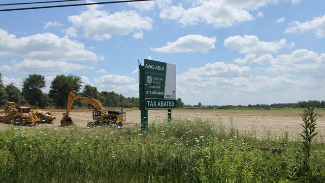 Etna Township appears to be in the running with other unknown communities for a potential Amazon.com development. The site could be located on the undeveloped portion of Prologis Park 70 Etna, which stands south of U.S. 40, next to Interstate 70. Heavy machinery has been working on the property.