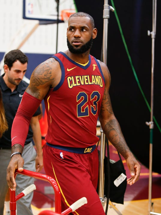 LeBron James on free agency: Commitment to Cavaliers 'hasn ...