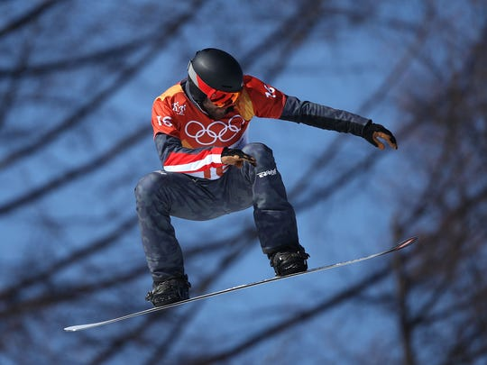 PYEONGCHANG-GUN, SOUTH KOREA - FEBRUARY 15:  Markus Schairer of Austria competes during the Men's Snowboard Cross Seeding on day six of the PyeongChang 2018 Winter Olympic Games at Phoenix Snow Park on February 15, 2018 in Pyeongchang-gun, South Korea.  (Photo by Cameron Spencer/Getty Images) ORG XMIT: 775096148 ORIG FILE ID: 918376624