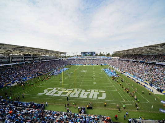 USP NFL: MIAMI DOLPHINS AT LOS ANGELES CHARGERS S FBN LAC MIA USA CA