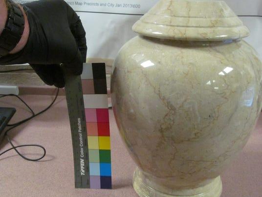 Phoenix urn