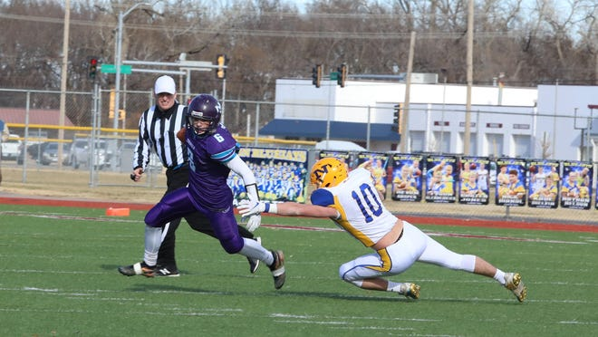 Nemaha Central's Tyler Gerety has been a big weapon as the Thunder look to capture a second straight Class 2A state championship. The Thunder face a big test Friday night against Silver Lake.