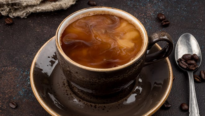 Studies show that moderate consumption of coffee (three to four cups per day) can decrease the risk of type 2 diabetes, dementia and Alzheimer's disease, according to Dr. Raquel Garzon.