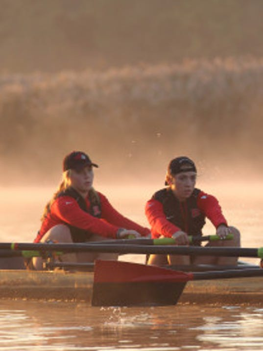 Rising sophomore Langley Oudemans (left) and rising junior Veronica DeSalvo practice last fall on the Raritan River. (Patti Banks/Courtesy of Rutgers athletics communications)