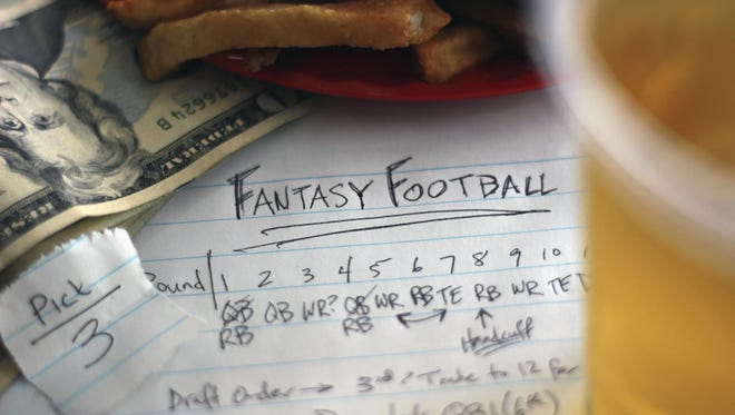 Fantasy football, and every other form of fantasy sports, amounts to illegal gambling in Tennessee, according to a recent opinion from the Tennessee attorney general.
