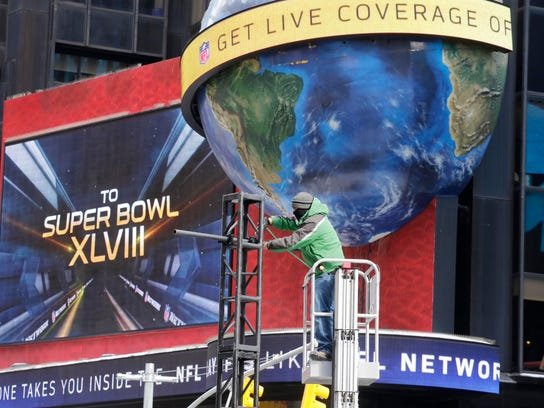 Super_Bowl_Boulevard_NYML102_WEB240613